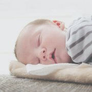 beba-spavanje