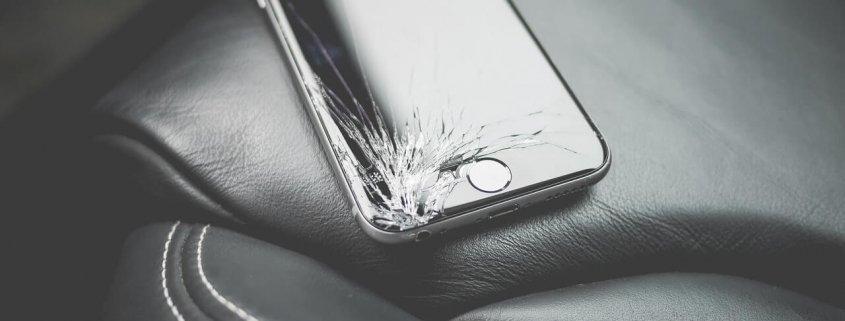 mobilni-telefon-polomljen-ekran